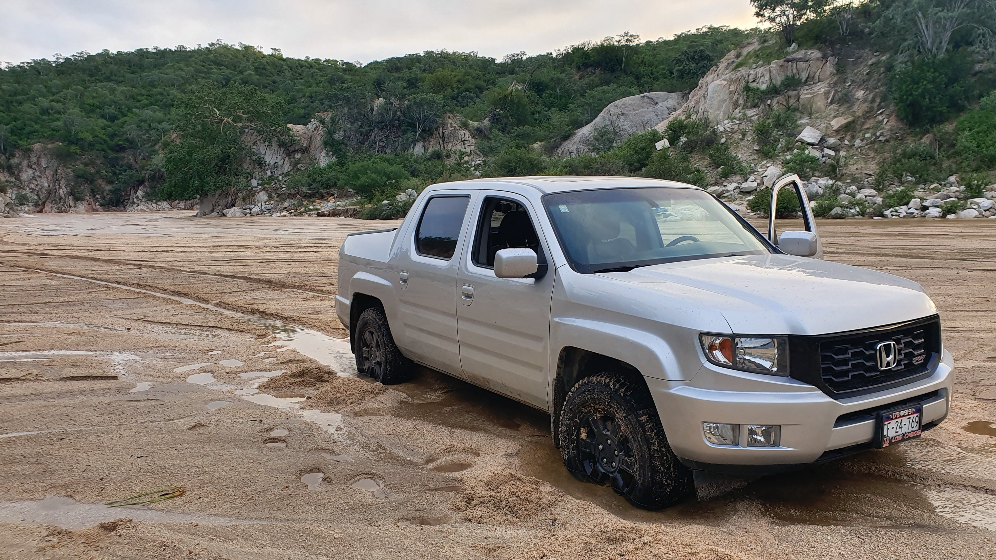 Sand Self Recovery Technique Will It Work For First Gen Ridge Honda Ridgeline Owners Club Forums
